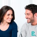 La causa más común de mal aliento es por enfermedad periodontal o enfermedad de las encías.
